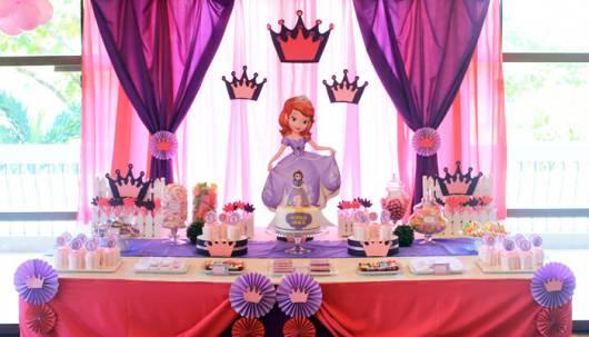 ideia de painel de fundo princesa Sofia