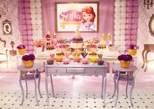festa provençal rosa e roxo princesa Sofia