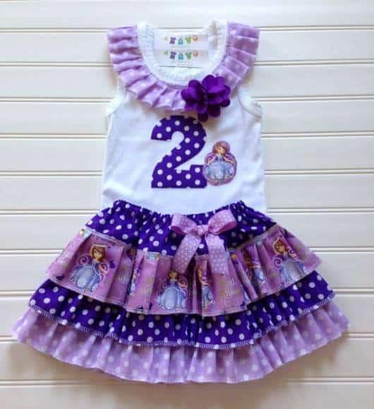 roupa confortável princesa Sofia