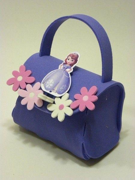 lembrancinha em EVA aniversário princesa Sofia