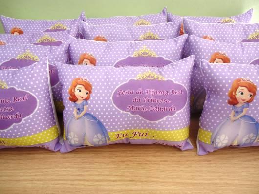 almofada de lembrancinha princesa Sofia