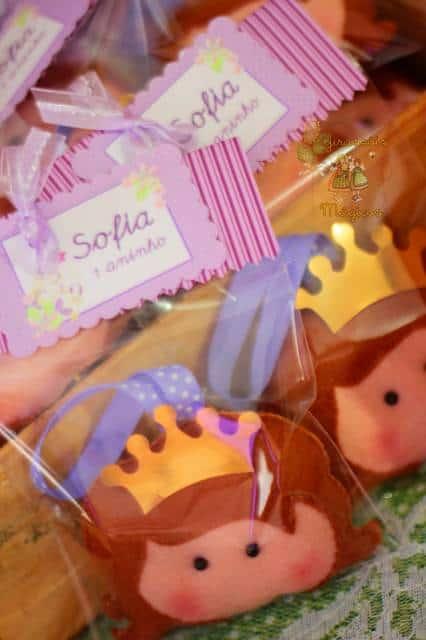 lembrancinha simples princesa Sofia