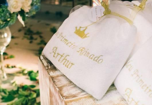 lembrancinha diferente festa rei arthur