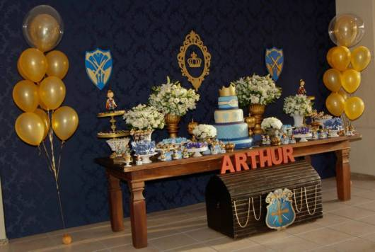 como enfeitar festa rei arthur