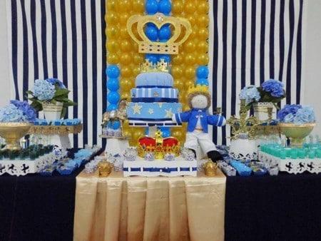 decoração com bexigas festa rei arthur