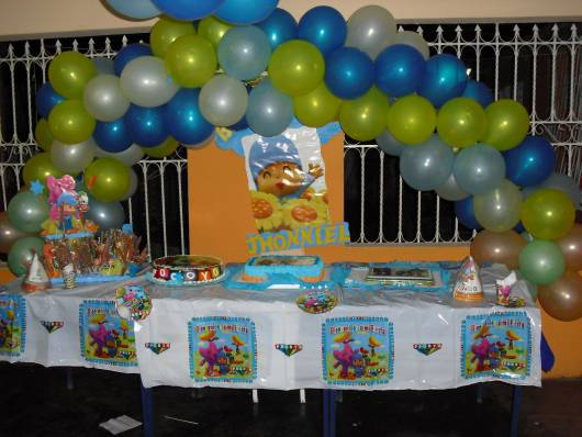 imagem de festa na escola