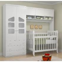 móvel multifuncional no quarto de bebê