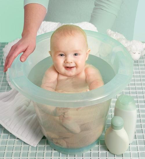balde ofurô para primeiro banho do bebê