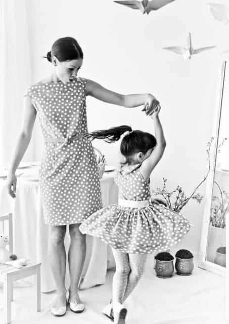 Interagir com a criança na foto fica lindo