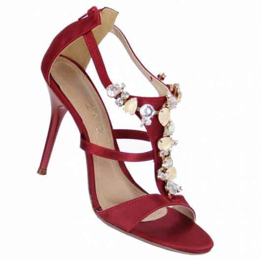 sandália vermelha 15 anos