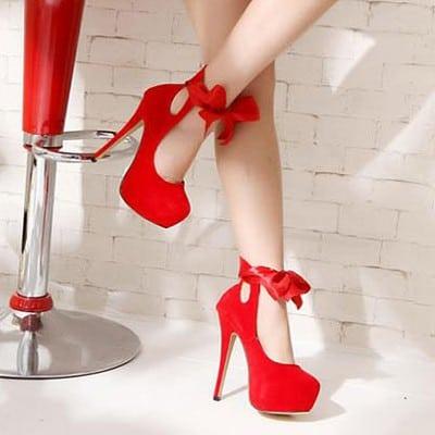 sapato vermelho de  debutante