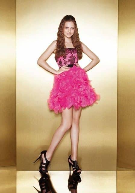 vestido curto rosa e preto