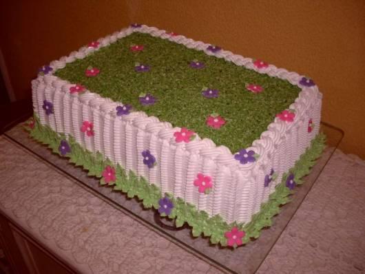 fotos jardim quadrado:As flores de açúcar decoram e dão delicadeza
