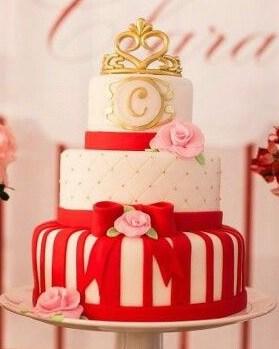 bolo 15 anos vermelho e dourado