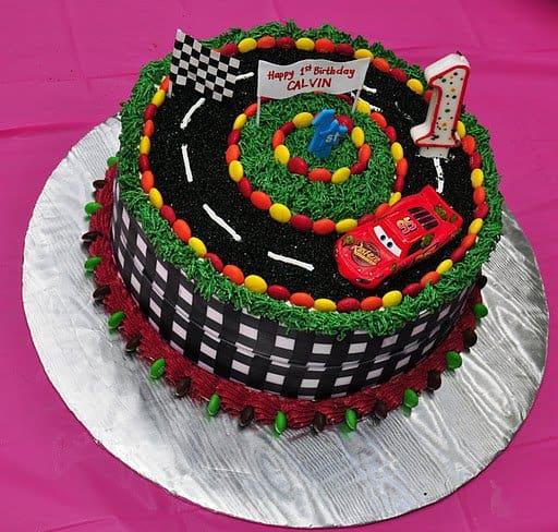 bolo Carros aniversário 1 ano