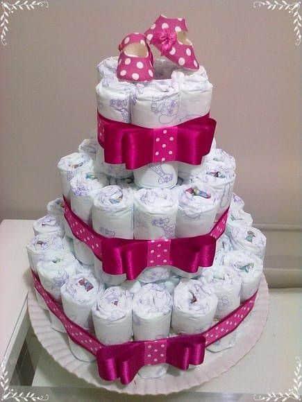 bolo fraldas simples com pink