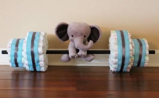 bolo de fraldas diferente com elefante