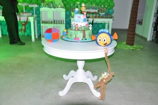 dica de mesa para o bolo da festa peixonauta