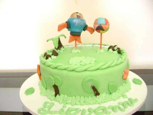 modelo de bolo pequeno para festa peixonauta