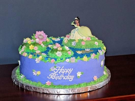 ideias para bolo da princesa e o sapo