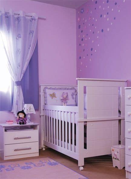 cortina lilás para quarto de bebê