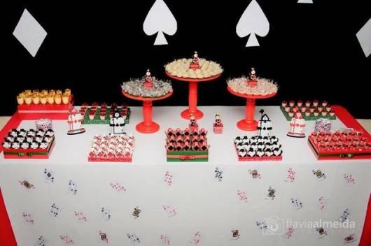 festa 16 anos simples rainha de copas