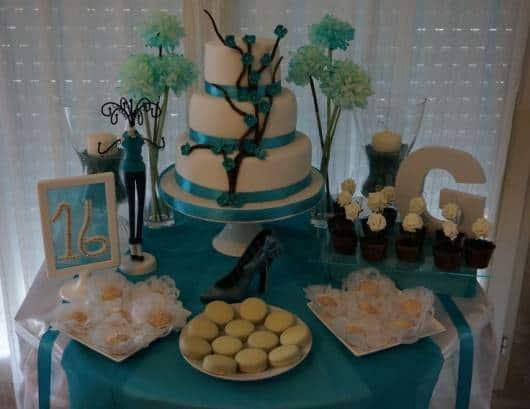 festa 16 anos azul simples