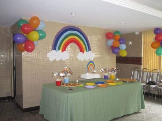 festa arco-iris em casa simples