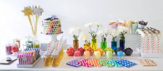 decoração festa arco-iris simpless