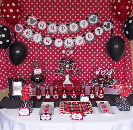 festa minnie decoracao vermelha