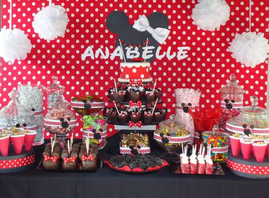 festa minnie vermelha simples mesa de doces da minnie vermelha convite