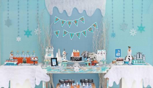 festa do Olaf azul e branco