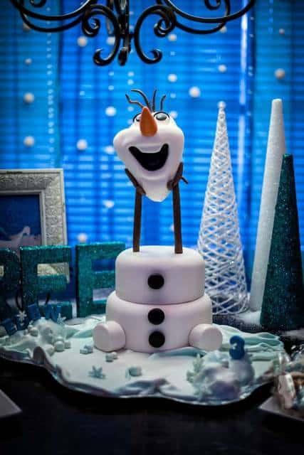 bolo do Olaf diferente