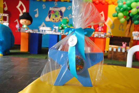 modelo de sacolinhas para decorar festa peixonauta