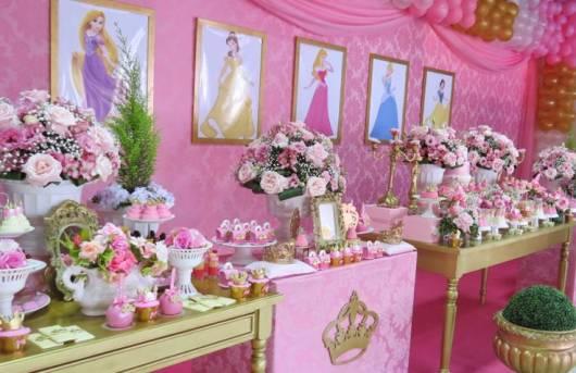 festa princesas provençal rosa e dourada