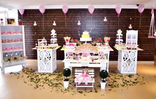 lindo modelo de decoração cupcake provençal