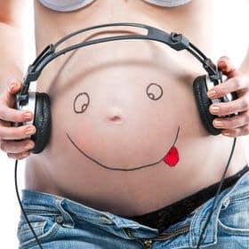 foto divertida barriga grávida
