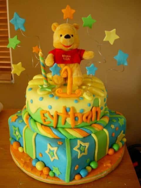 lindo bolo de aniversário do ursinho pooh