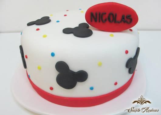 bolo branco disney
