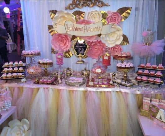 decoração cha de bebe rosa e dourado