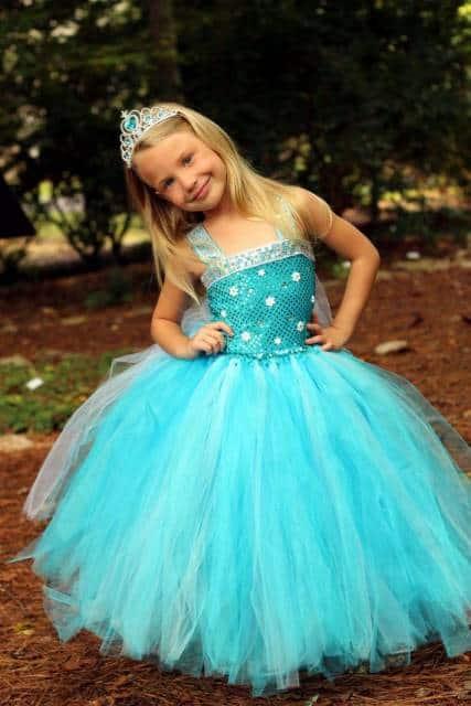 vestido volumoso princesa elsa