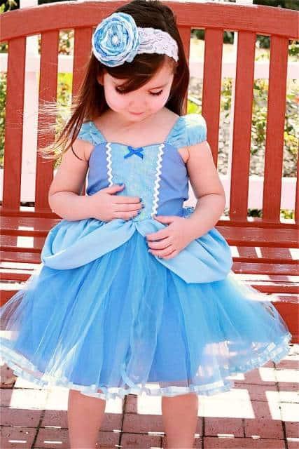 vestido simples cinderela