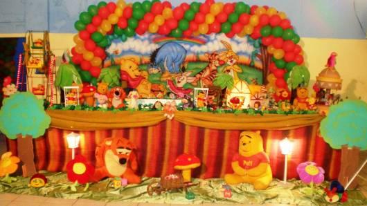 linda decoração de festa do ursinho pooh