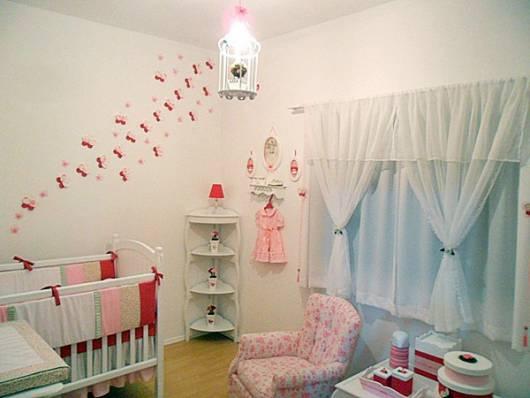 decoração menina simples quarto