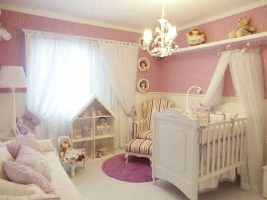 quarto bebê lilás
