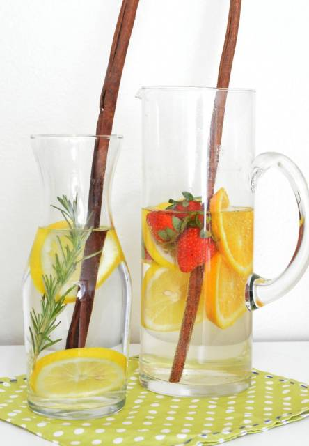 água aromatizada em festa