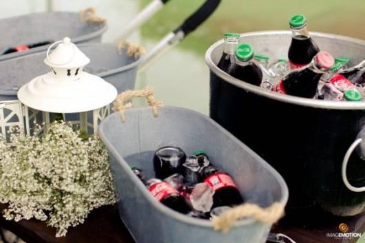 como servir refrigerante festa