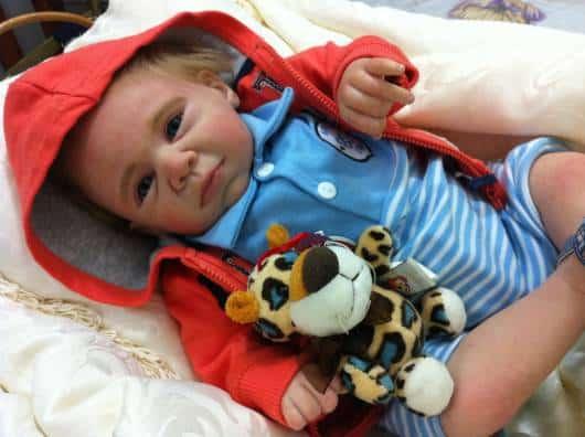 bebê reborn loiro menino