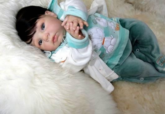 cabelo preto bebê reborn