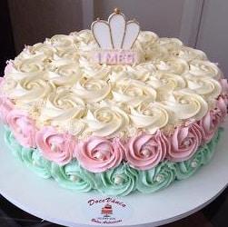 bolo decorado 1 mês bebê